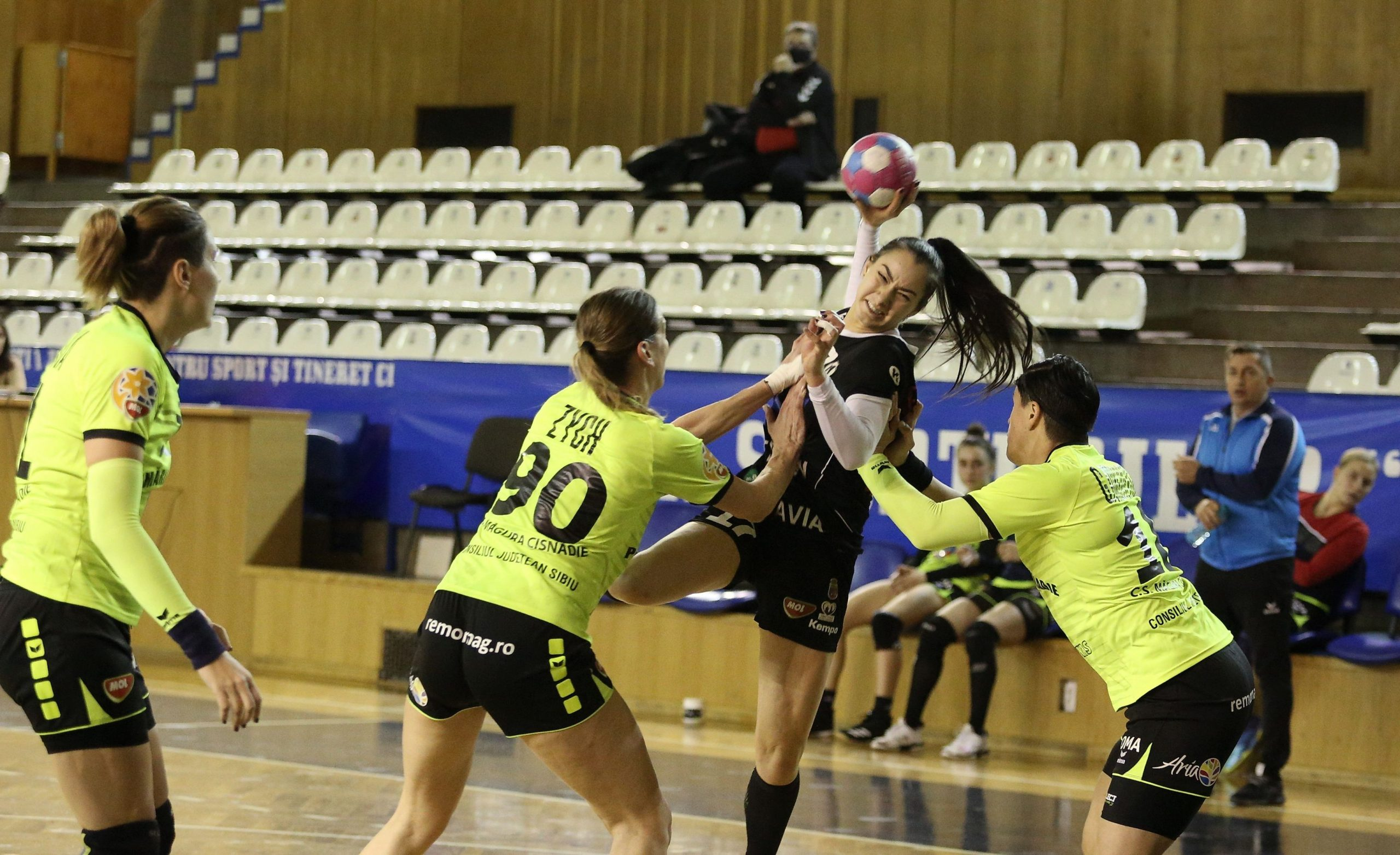 Handbal_feminin_U Cluj