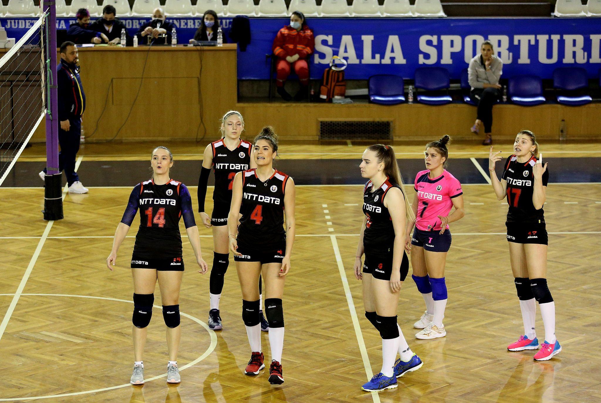 Volei feminin U Cluj