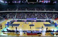 """Primul meci al U-BT Cluj în Sala Polivalentă, cel cu Trabzonspor, a avut loc la numai două zile după primul meci oficial disputat în cea mai mare sală de sport din România, partida de handbal feminin, """"U"""" Cluj – Corona Brașov și a adunat peste 4000 de spectatori / Foto: Dan Bodea"""