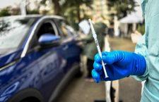 Emil Boc: De luni deschidem un centru de vaccinare drive-through la Sala Sporturilor Horia Demian