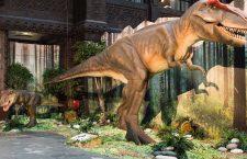 Expoziție de dinozauri în Parcul Industrial Tetarom I din Cluj