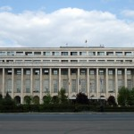 """George Jiglău, politolog, membru al Centrului pentru studiul democraţiei: """"Toate guvernele şi toţi premierii puteau să facă mai mult pentru România"""""""