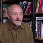 Psihosociologul Petru Iluţ: Cei care fac acte caritabile merită felicitaţi şi încurajaţi