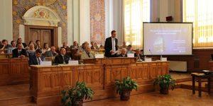 """Rectorul UBB, diatribă împotriva """"Generației Facebook"""""""