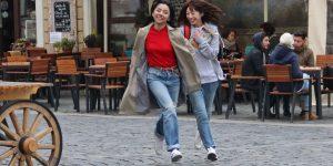 "Clujul, ""personaj"" într-un serial fantasy al regizorului japonez Sion Sono"