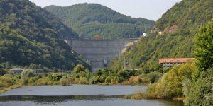 Hidrocentrala Tarniţa-Lăpuşteşti, sedusă şi abandonată