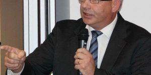 """David Ciceo, directorul Aeroportului Internaţional """"Avram Iancu"""" din Cluj, trimis în judecată pentru luare de mită"""