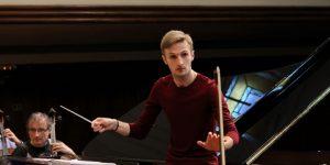 Din Montréal, la Cluj. Cu dirijorul Andrei Feher, despre revigorarea concertelor de muzică clasică și plăceri nevinovate