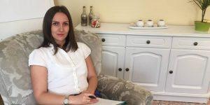 """Raluca Mogoş Demian, psiholog: """"Nu poți să tratezi omul ca pe o afacere"""""""