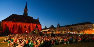 """""""Traviata"""" și """"Zorba"""" pentru toți: Opera din Cluj încheie stagiunea cu două spectacole în aer liber"""