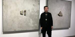 Expoziție personală a artistului Liviu Bulea, la Galeria IAGA din Cluj: Gri-cimentul din Turda sau a doua natură umană într-o lume de prefabricate