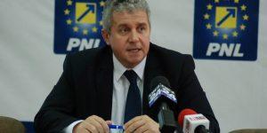 Europarlamentarul Daniel Buda are un extra-job de milioane