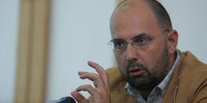 UDMR cere decapitarea ministrului Educaţiei