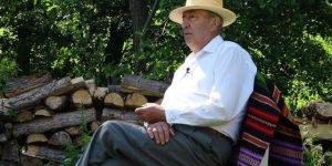 """A murit """"poetul de pe deal"""", Vasile Dâncu"""
