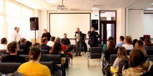 VIDEO/FOTO | Curs inedit despre istoria romilor și influența muzicii lăutărești în folclorul românesc