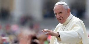 Papa Francisc vine în Ardeal la sfârșitul lunii mai