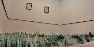 Patru artiști, patru gesturi de recunoștință la galeria White Cuib din Cluj. Pășind printre cioburi de sticlă cu Norbert Filep