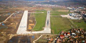 Foto | Sentințe definitive: Lucrările de la platforma de parcare avioane APRON 4 nu pot fi recepționate. CJ Cluj este obligat însă să facă recepția finală a pistei noi de la aeroport