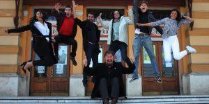 O nouă generație de actori de la UBB iese la rampă: Ultimele aplauze ale profesorilor, primele aplauze ale publicului
