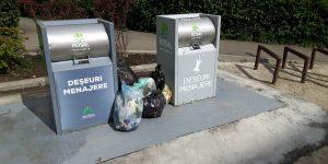 Pubelele electorale dezgroapă gunoiul în cartierul primarului